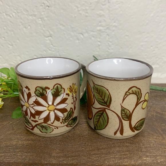 VTG Rustic Brown Speckled Floral Stoneware Mugs